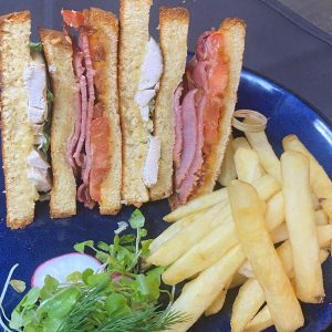 Brioche Club Sandwich w/chips